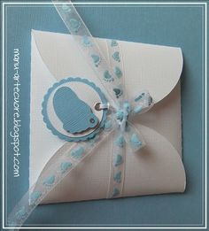 ❤ Arte & Cuore ❤: BIGLIETTI PER BATTESIMO Baby Shower Cards, Baby Boy Shower, Christening Invitations Boy, Première Communion, Baptism Cards, Gift Envelope, Baby Shawer, New Baby Cards, Pillow Box