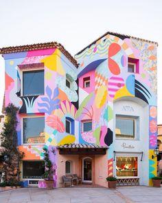 The Visual Vamp: Photo - Murales Pared Exterior The Visual Vamp - Street art is sexy A new renovatio Murals Street Art, Art Mural, Street Wall Art, Kids Wall Murals, Graffiti, Public Art, Art Inspo, Art Quotes, Facade
