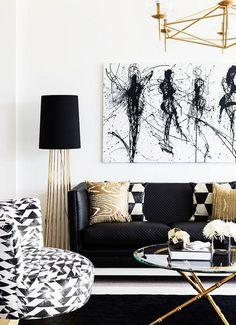 Black And White Living Room Interior.Casa Minimalista En Blanco Gris Y Negro Interiores. Modern White Living Room, Living Room White, Black And Gold Living Room, Apartment Living Room, Living Room Diy, Home Decor, Room Inspiration, Gold Living Room, Living Decor