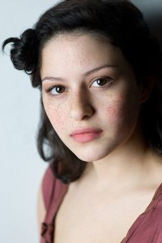 Alia Shawkat.  Absolutely love her freckles...