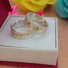 Alianças Compromisso Prata Batimentos Cardíacos Ouro VJ6571