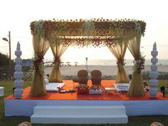 Last Trending Get all images unique home decor india Viral mandap Indian Wedding Theme, Indian Destination Wedding, Destination Wedding Locations, Wedding Destinations, Zulu Wedding, Wedding Reception Backdrop, Wedding Mandap, Wedding Arches, Wedding Seating