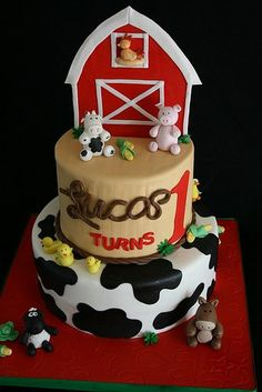 Farm cake- I love the fondant animals. Farm Animal Birthday, Farm Birthday, First Birthday Cakes, Birthday Ideas, Cowboy Birthday, Birthday Parties, Cupcakes, Cupcake Cakes, Shoe Cakes