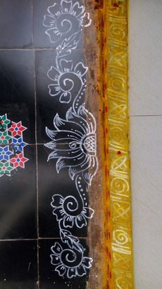 Simple Rangoli Border Designs, Rangoli Designs Latest, Rangoli Designs Flower, Rangoli Borders, Rangoli Ideas, Rangoli Designs Diwali, Easy Rangoli, Beautiful Rangoli Designs, Mehandi Designs
