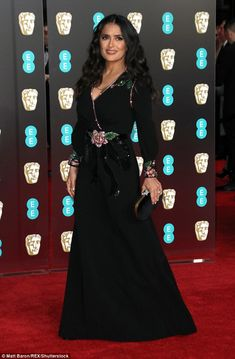 Shine in floral sequins like Salma in Gucci #DailyMail Click to buy now