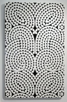 From Page Blackie Gallery, Ngatai Taepa, Te Hatete o te reo Automotive paint on custom wood, 123 × 80 cm Maori Patterns, Zentangle Patterns, Pattern Art, Pattern Design, Pattern Painting, Textures Patterns, Print Patterns, Maori Designs, New Zealand Art