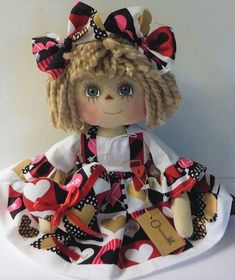 Primitive Raggedy Ann VALENTINE DAY DOLL BLOCK HEARTS W/ HEART ORNIE HANDMADE  #NaivePrimitive #Patricia Scarecrow Doll, Primitive Doll Patterns, Different Holidays, Doll Eyes, Raggedy Ann, Rag Dolls, Little Miss, Valentines Day, Hearts