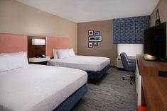 Within a drive of the McKinley Memorial & Library, this Youngstown hotel offers a hot daily breakfast, indoor swimming pool and free Wi-Fi. Sports Court, Hampton Inn, Indoor Swimming Pools, Work Desk, Business Centre, Hotel Offers, Guest Room, Wi Fi