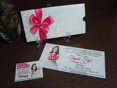 Convites especiais de 15 anos.  Smile Convites & Lembranças