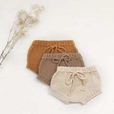 Baby Hand Knitted Bloomers - made with GOTS Certified Organic Cotton - handmade with love : Baby Hand Knitted Bloomers – made with GOTS Organic Cotton – ethically handmade with love ♡ Baby knitted bloomers 🌿 No chemicals Crochet Baby Bloomers, Baby Bloomers Pattern, Romper Pattern, Baby Clothes Patterns, Baby Knitting Patterns, Hand Knitting, Handmade Baby Clothes, Knitted Baby Clothes, Knit Crochet