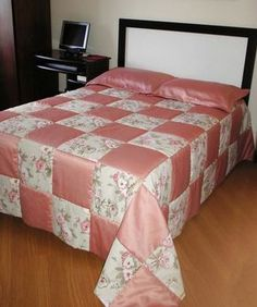 Tisch Mediterran What You Have To Know About Mediterranean Stars Grid Style Cotton Bed In A Bag And Why 69 - flipsyourhome Designer Bed Sheets, Designer Throw Pillows, Quilt Bedding, Cotton Bedding, Draps Design, Bed Cover Design, Bed In A Bag, Flower Embroidery Designs, Patch Quilt