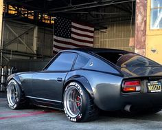 """Of course it's one of my favorite. Sometimes I asked myself """"How the heck were you able to fit that FATTY under the fenders. All the credit goes to CHEERS 240z Datsun, Datsun Car, Sp2 Vw, 147 Fiat, Jdm Wheels, Nissan Z Cars, Japanese Sports Cars, Porsche, Tuner Cars"""
