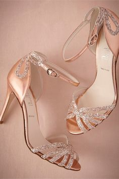 Rose Gold Glittered Heels #WeddingShoes