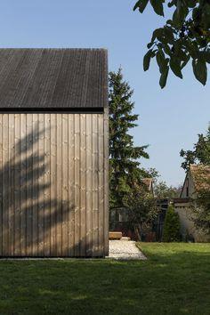 Gallery of House in Kapuvár / László Papp - plémühely - 43 Wooden Cladding, Wooden Facade, Mini Clubman, House Built, Wooden Shelves, Picture Wall, Ankara, Building A House, Entrance