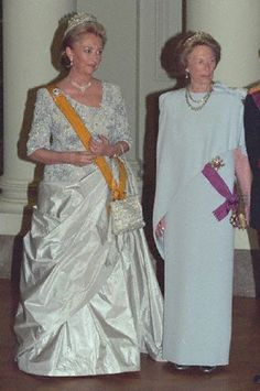 (L-R)Queen Paola of Belgium and Grand Duchess Joséphine-Charlotte of Luxembourg in 1999