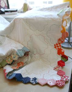 Finishing Your Hexagon Quilts, Hexie border Free Tutorial