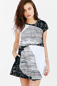 Alice + UO Half Moon Shift Dress - Urban Outfitters