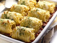 SUPER easy chicken & cheese lasagna roll-ups