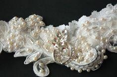 closeup view of garter