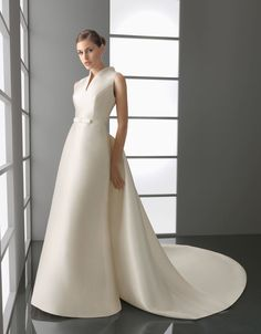Aire Barcelona Bridal Gown Style - Princesa