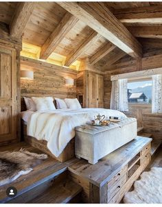 Oversized Furniture, White Furniture, Chalet Interior, Mountain Decor, Timber House, Cozy Corner, Contemporary Bedroom, Grey Walls, Bedroom Decor