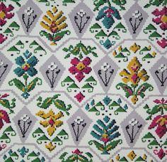 vintage 1950s cotton barkcloth tapestry print interiors fabric