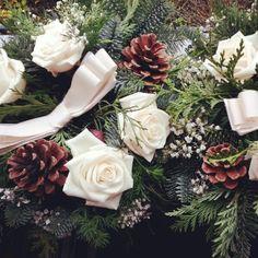 Matrimonio d'inverno con pigne, rose, fiocchi e pini #Event_ualmente #weddingplanner #Lecco