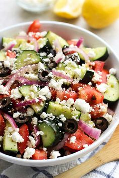 Fresh and flavorful, this easy no cook Greek Cucumber Salad is tossed in a Greek Lemon Vinaigrette dressing and is the perfect side dish! salad Greek Cucumber Salad (Quick and Easy! Cucumber Recipes, Healthy Salad Recipes, Greek Salad Recipes, Juicer Recipes, Chickpea Recipes, Carrot Recipes, Roast Recipes, Sausage Recipes, Lemon Vinaigrette Dressing