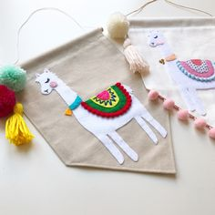 Our little alpacas were so popular at the last restock that I've opened up a few pre-orders available in the shop! Up to 2 weeks turn around time, last batch before the fat man comes! Felt Crafts Diy, Foam Crafts, Crafts For Kids, Arts And Crafts, Alpacas, Felt Banner, Diy Banner, Banner Template, Origami Templates