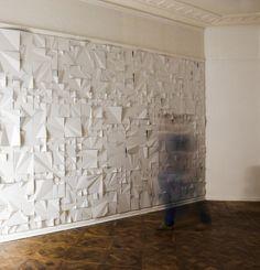 Kai, a paper installation by by Jerzy Goliszewski