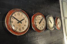 set of 4 industrial metal clocks c.1950 Espace Nord Ouest