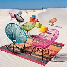 Vision Déco by Sofia | des terrasses en couleurs | Avec la chaleur, le soleil et le ciel bleu,les couleurs vives sont de rigueurs ! Vous réussirez à reproduire beaucoup de style:exotique, bistrot, industriel, méditerranéen...Un grand panel de couleurvous permettra de trouver votre bonheur, sur de l'acier, ou du cordage.