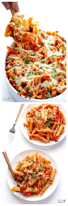 Chicken Parmesan Baked Ziti -- all you need are 6 ingredients for this delicious meal! This Chicken Parmesan Baked Ziti only requires 6 ingredients and is totally delicious and comforting. Think Food, I Love Food, Good Food, Yummy Food, Tasty, Yummy Snacks, Yummy Drinks, Chicken Parmesan Baked Ziti Recipe, Chicken Recipes
