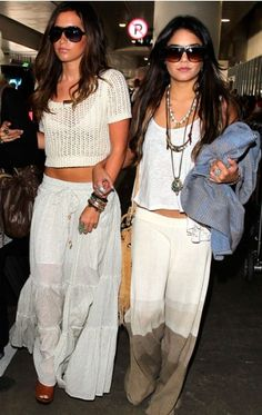 Ashley Tisdale and Vanessa Hudgens--Love their outfits <3