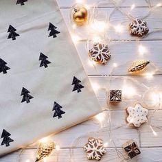 grafika christmas, light, and winter Christmas Time Is Here, Christmas Mood, Merry Little Christmas, All Things Christmas, Christmas Flatlay, Christmas Presents, Christmas Trees, Christmas Crafts, Christmas Tumblr