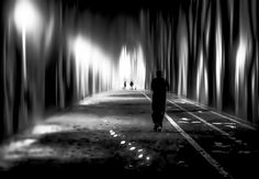 Later In The Night de Lucian Olteanu sur Art Limited