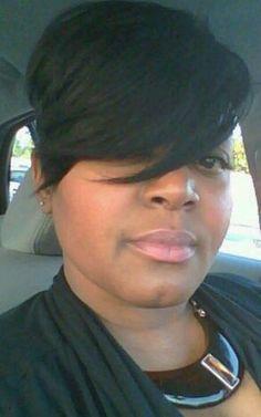Love her hair cut!