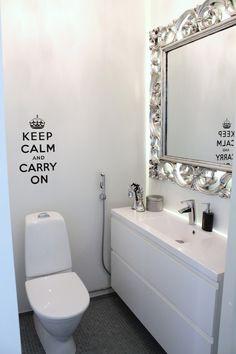 Krumeluuri peili White Houses, Interior Decorating, Interior Ideas, Ikea, House Design, Shower, Mirror, Bathroom, Modern