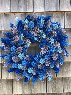 Pinecone Wreath In Shades OF Blue And Victorian Lilac - Pine cone crafts - Pine Cone Art, Pine Cone Crafts, Wreath Crafts, Diy Wreath, Pine Cones, Pine Cone Wreath, Wood Wreath, White Wreath, Felt Crafts