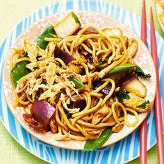 Recept - Thaise woknoedels met kip - Allerhande