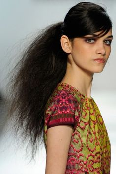 Google Image Result for http://wanderwithstyle.com/wp-content/uploads/2012/02/fashion-week-fall-2012-beauty-trends-nanette.jpg