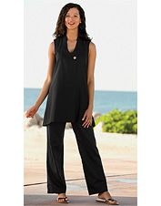 Our women's linen pant set is defined by casual style and elegance.