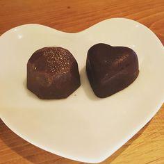 チョコレート再入荷しました . #東中野 #リエーブル #lievre #立ち飲みワインバー #立ち飲みワイン #立ち飲み #ワインバー #ワイン ##赤ワイン #白ワイン #ロゼワイン #ロゼ #グラスワイン #チョコレート #ショコラティエ #新宿三丁目 #tbar #手作りチョコレート