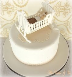 Baby Crib Cake Fondant, Cake Craft, Baby Shawer, Baby Cribs, Baby Shower Cakes, Cake Decorating, Birthday Cake, Cake Baby, Cake Ideas