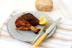 Our Best BBQ Chicken. Delicious and deeply flavored homemade bbq sauce takes this chicken to a whole new level of deliciousness. Home Made Bbq Sauce, Make Bbq Sauce, Braai Recipes, Soup Recipes, Chicken Recipes, Best Bbq Chicken, Sarah Graham, Spatchcock Chicken, Healthy Family Meals