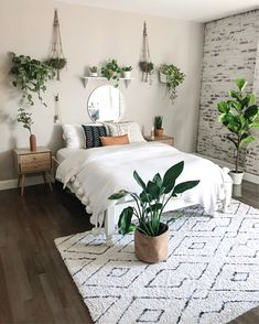 modern and minimalist bedroom design ideas in 2020 18 Boho Bedroom Diy, Cute Bedroom Ideas, Room Ideas Bedroom, Bedroom Inspo, Bedroom Plants Decor, Bedroom Furniture, Cute Teen Bedrooms, Earthy Bedroom, Bedroom Inspiration