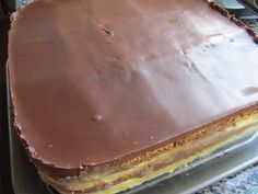 Tarta con galletas maria y crema. Uuuuummmmmm