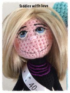 Teddies with love Crochet Toys, Carnival, Halloween Face Makeup, Happy Birthday, Inspiration, Doll, Amigurumi, Happy Brithday, Biblical Inspiration