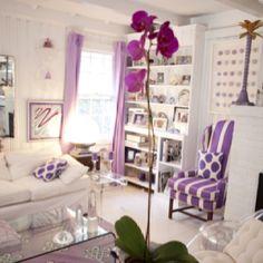 Perfect purple room. Beautiful design