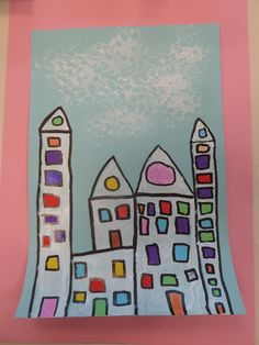 les maisons d'Octobre des grandes sections Grade 1 Art, First Grade Art, Street House, Street Art, Ecole Art, Mothers, Stuff To Do, Artsy, Construction